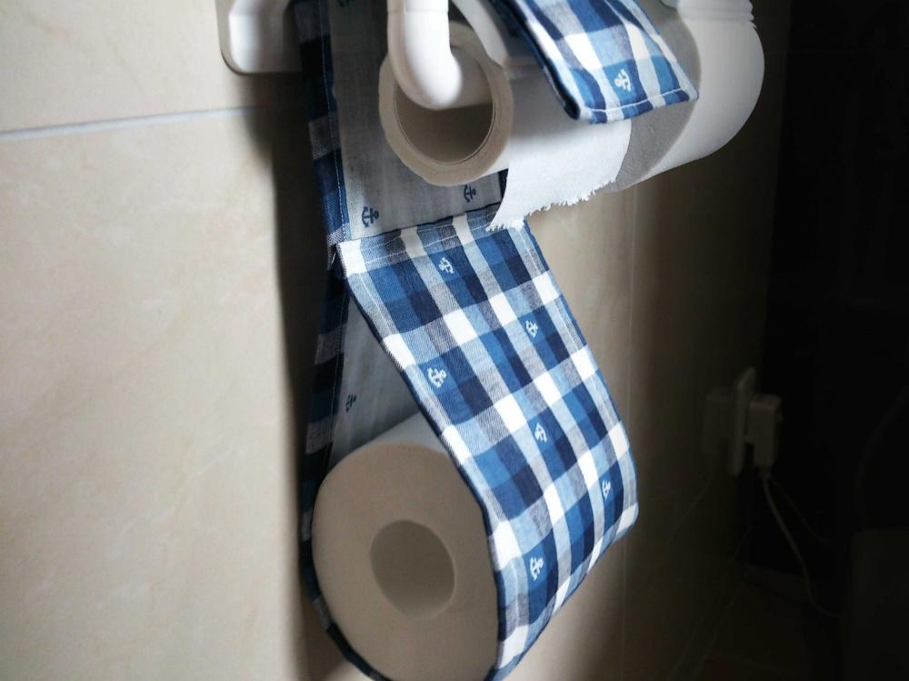 簡単トイレットペーパーホルダーカバー